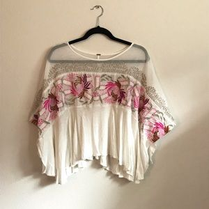 modern FREE PEOPLE embroidered floral blouse✨
